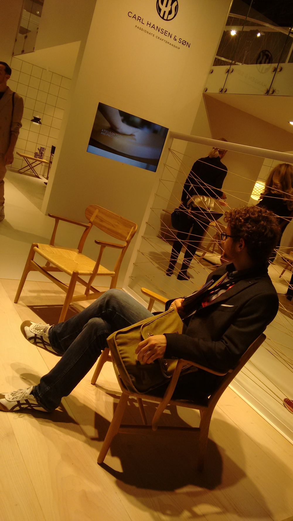 Carl Hansen & Sons recently released a design by Hans Wegner, CH26. Wegner is a personal hero of mine. /  Carl Hansen & Sons ha empezado a producir un diseño de Wegner, la silla CH26. Wegner es mi mayor referente como diseñador.