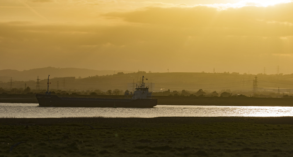 Usk Mouth Sunset Scene 4th May.jpg