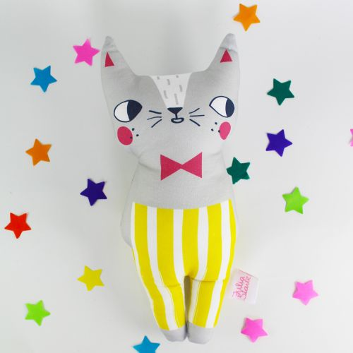 Delightful Confetti Cat by Julia Staite.  Available to buy from here .