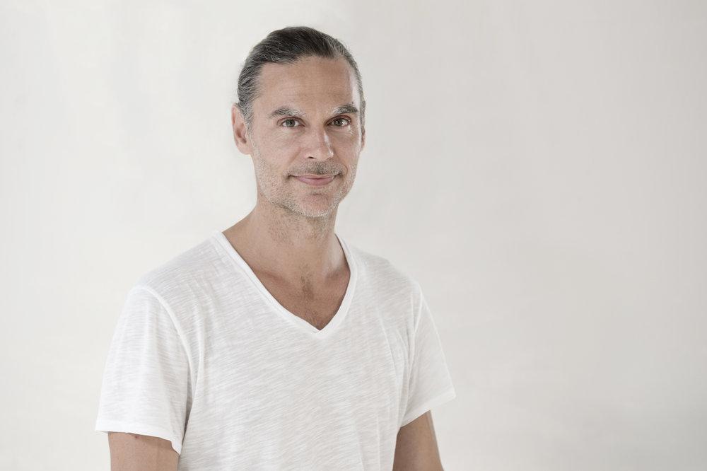 Stefan Faust – Hatha Yoga – Das Yoga Haus Zürich