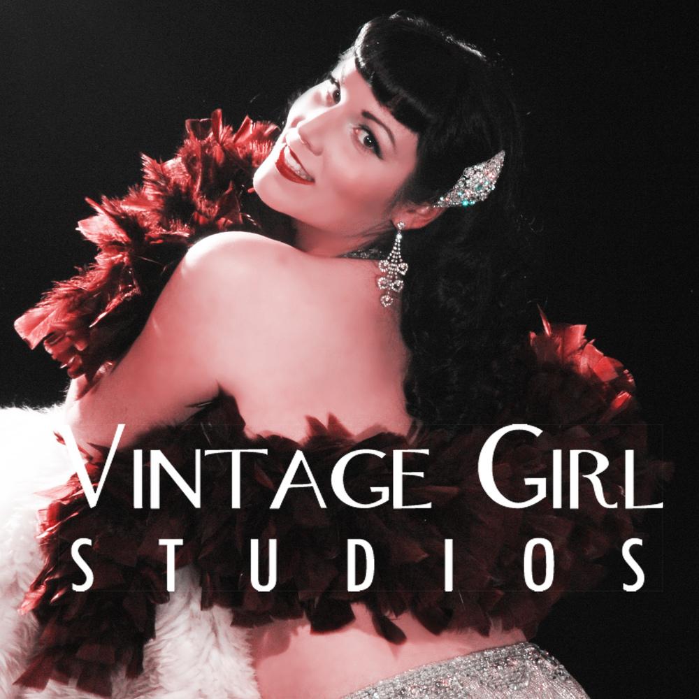 2016 VGS Logo model Vivian Vice