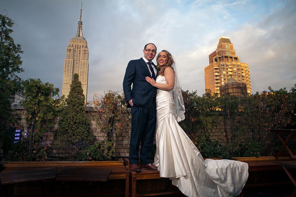 Evan and Nikki had their ceremony and reception at 230 Fifth, a rooftop restaurant with an amazing view of the Empire State Building!