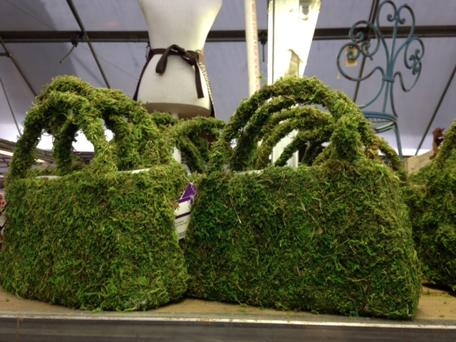 Moss forms