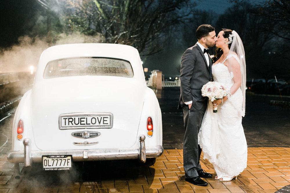 valley-regency-rainy-day-wedding.jpg