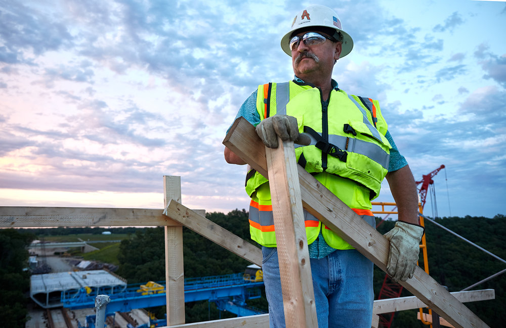 Worker-atop-Stillwater-Bridge.jpg