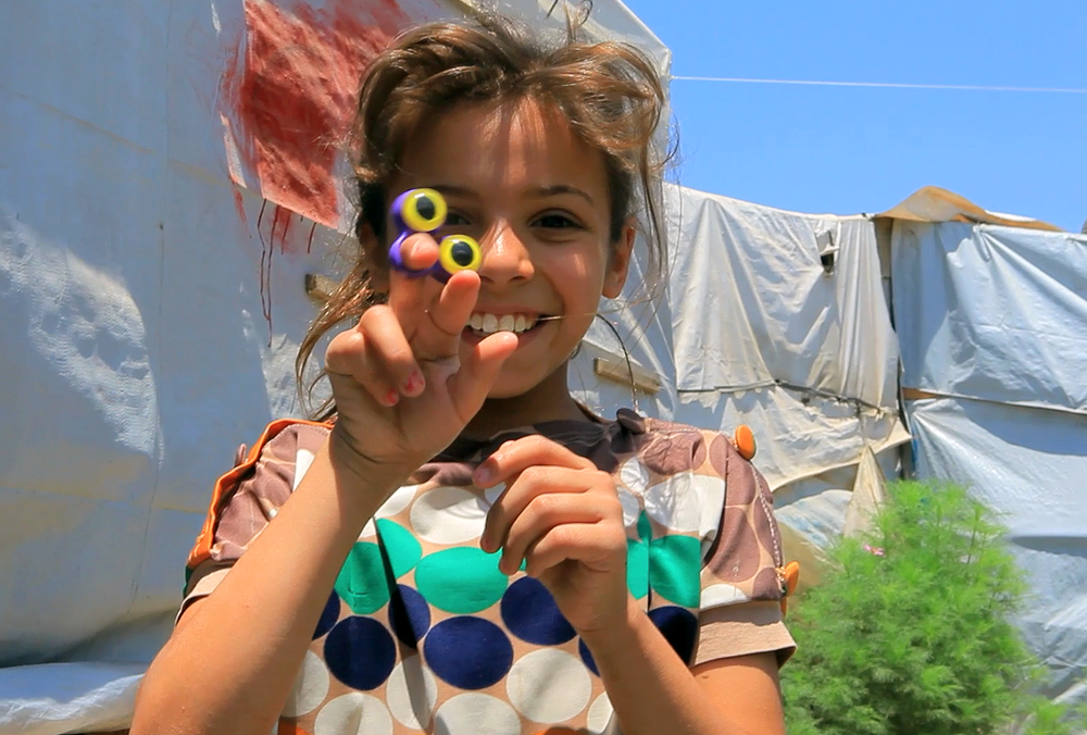 Fatima w eye puppet.png