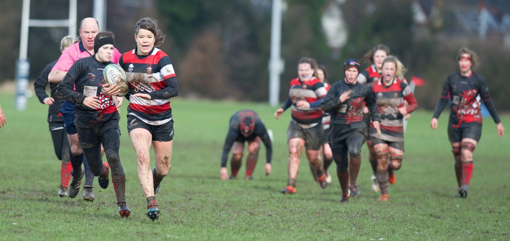 Stirling County making a break against Orkney Dragons. Image by Bryan Robertson.