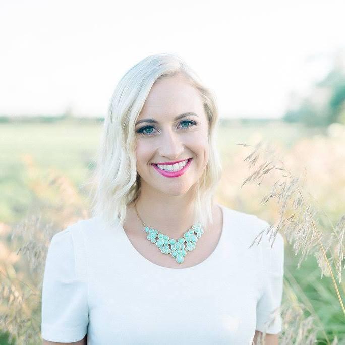 Tonya Vanderhart Mindset + Business Coach www.vibrantambition.com