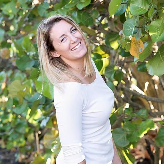 Lindsey Murran Branding Expert LindseySkye.com.jpg