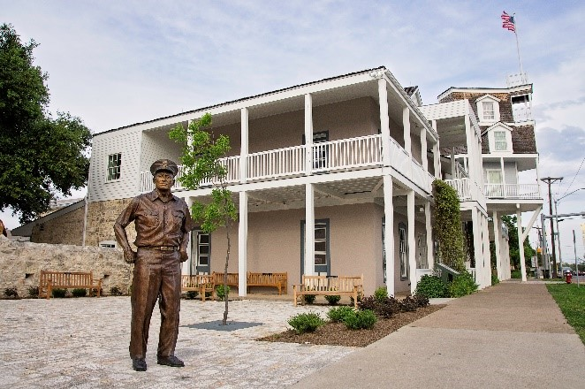 National-Museum-of-the-Pacific-War_Admiral-Nimitz-Museum_Hotel.jpg