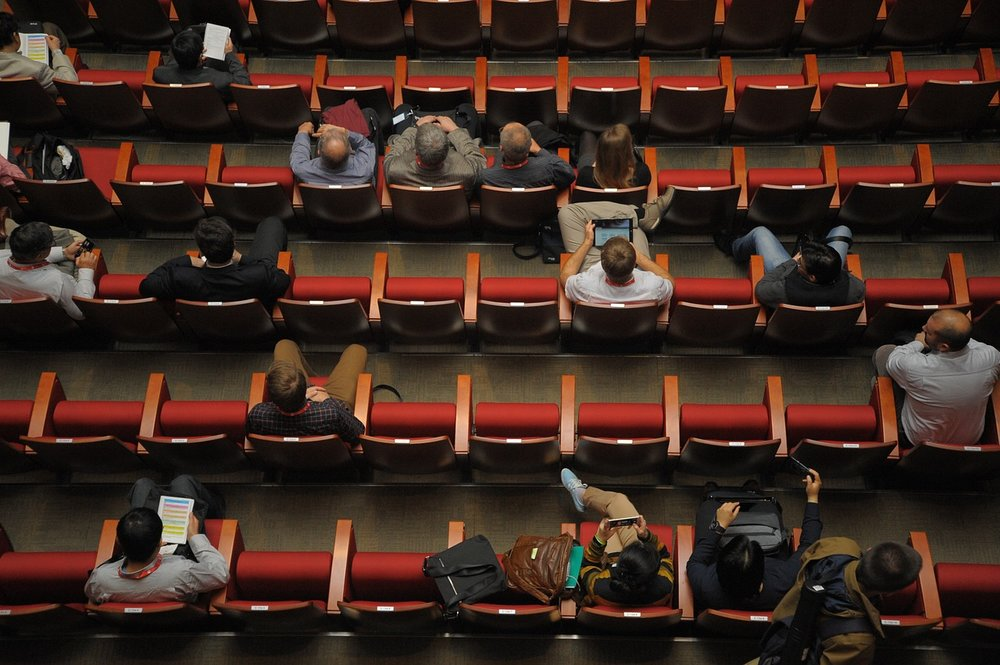Filling the seats at your presentation requires a compelling topic and visual presentation.