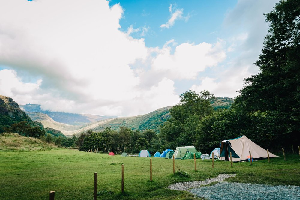 LLYN GWYNANT CAMPING FOR WEDDING GUESTS AT THE FOOT OF THE MOUNTAINS