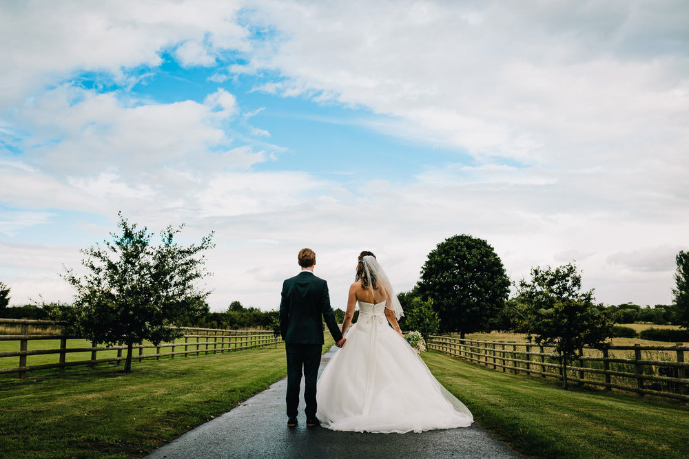 LOCAL STAFFORDSHIRE WEDDING PHOTOGRAPHER NEAR ME TAKES NATURAL CREATIVE PICTURES
