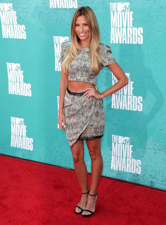 mtv_movie_awards_001_wenn3925439.jpg