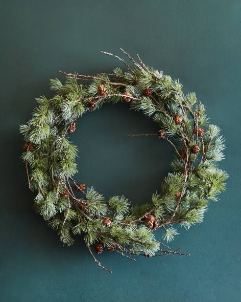 WRG-1741019_Frozen Pine Wreath_Main-2.jpg