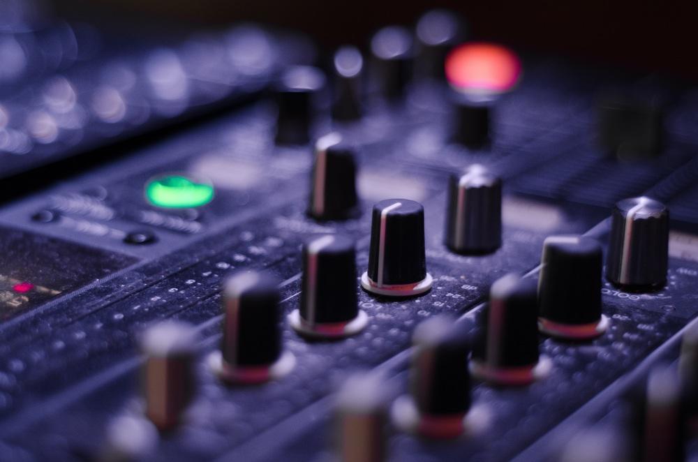mixer-821537.jpg