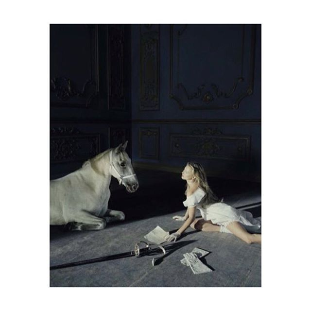 @vogueitalia 📸#timwalker #katemoss ❤️️we hope you had a wonderful weekend!