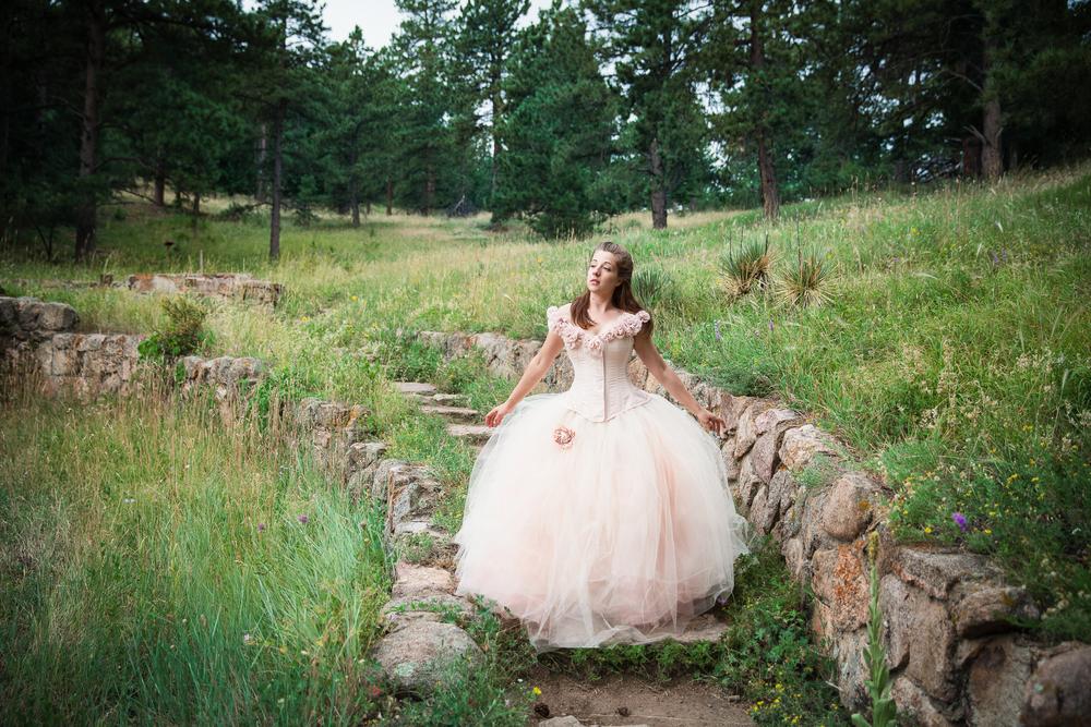 Jen_Montgomery_Photography_MN_sarahdressCO-11.jpg