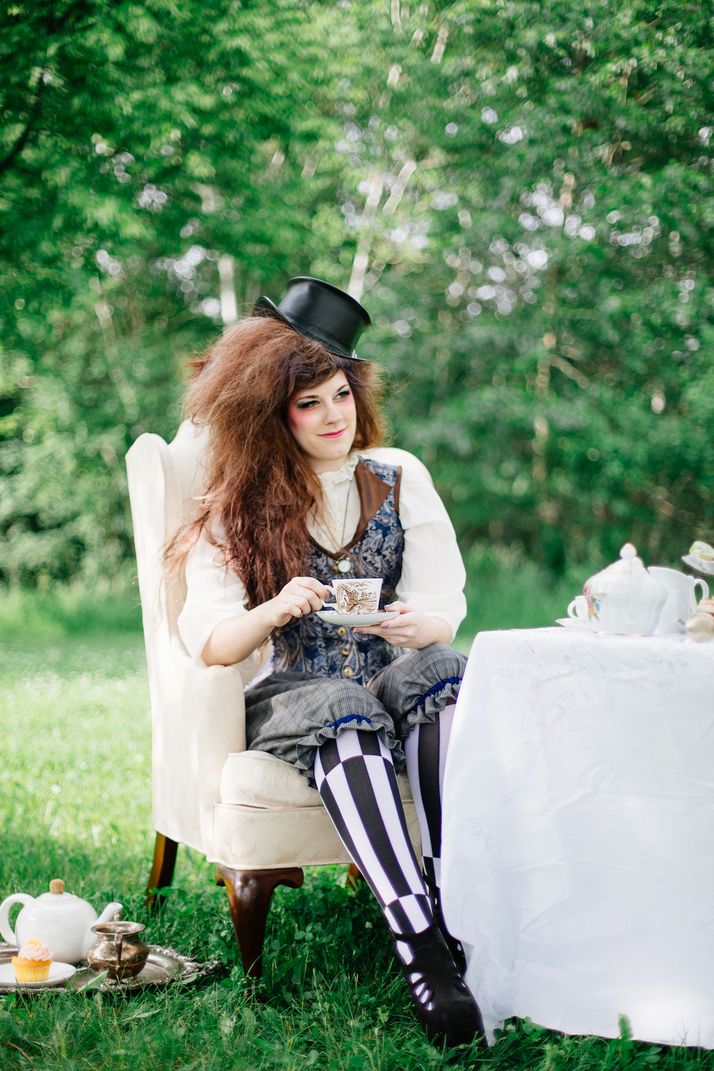wedding_photographer_minnesota_jen_montgomery_photography[teaparty]-2.jpg