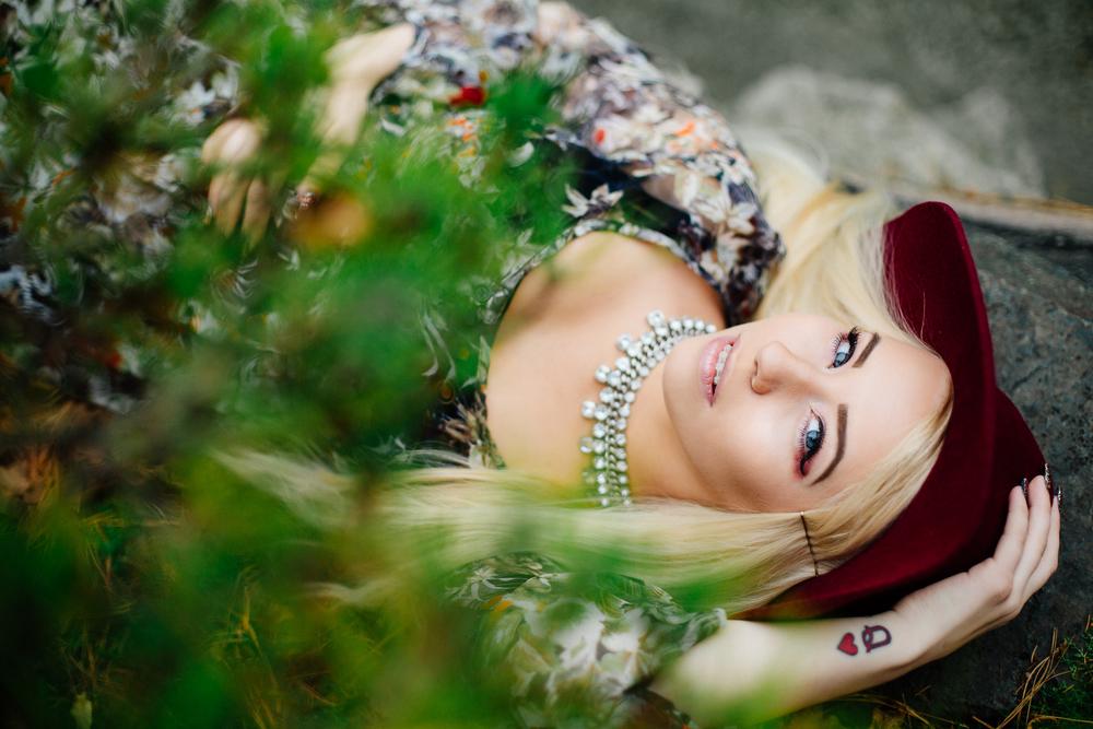 Jen_Montgomery_Photography_MN_kelsiheadshot-6.jpg
