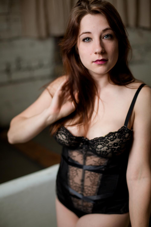 Jen_Montgomery_Photography_SarahBoudoir-4.jpg
