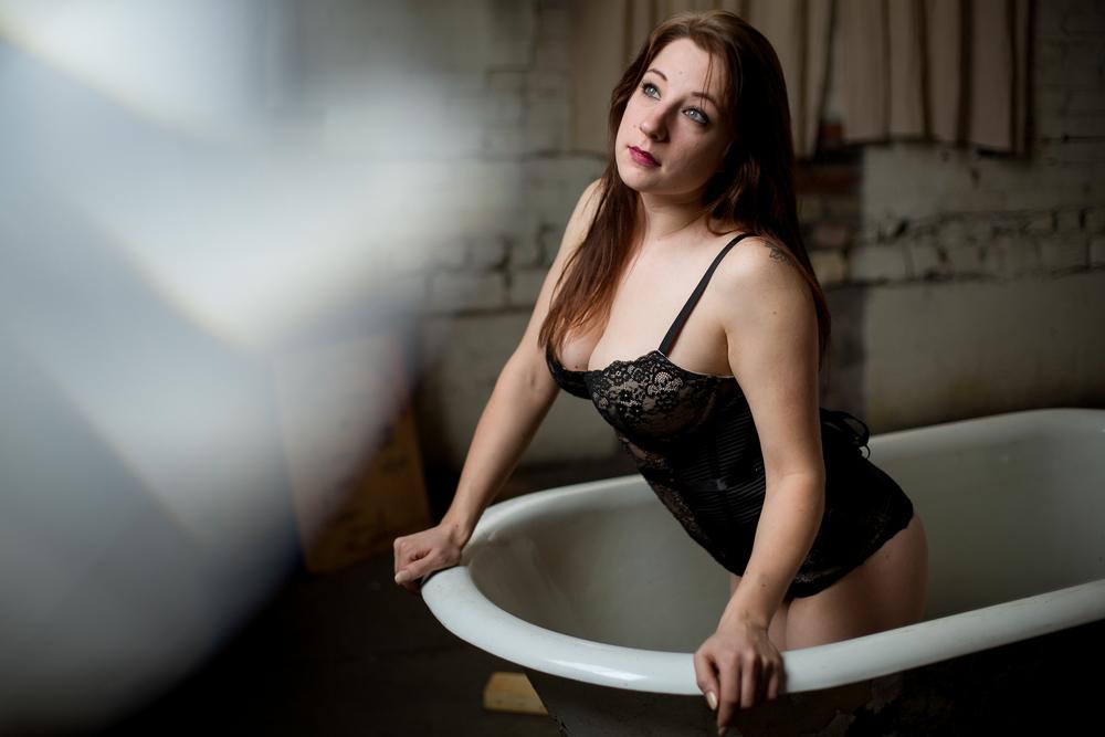 Jen_Montgomery_Photography_SarahBoudoir-6.jpg