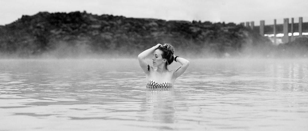 Jen_Montgomery_Photography_Lagoon_Blue_Iceland_.jpg