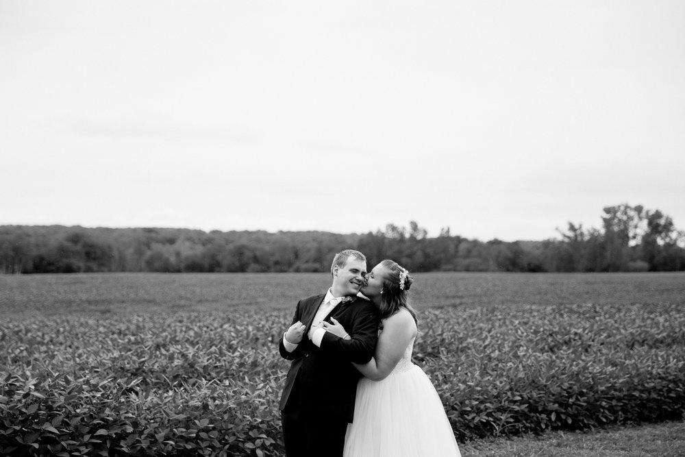 Jen_Montgomery_Photography_J&Bfb-33.jpg