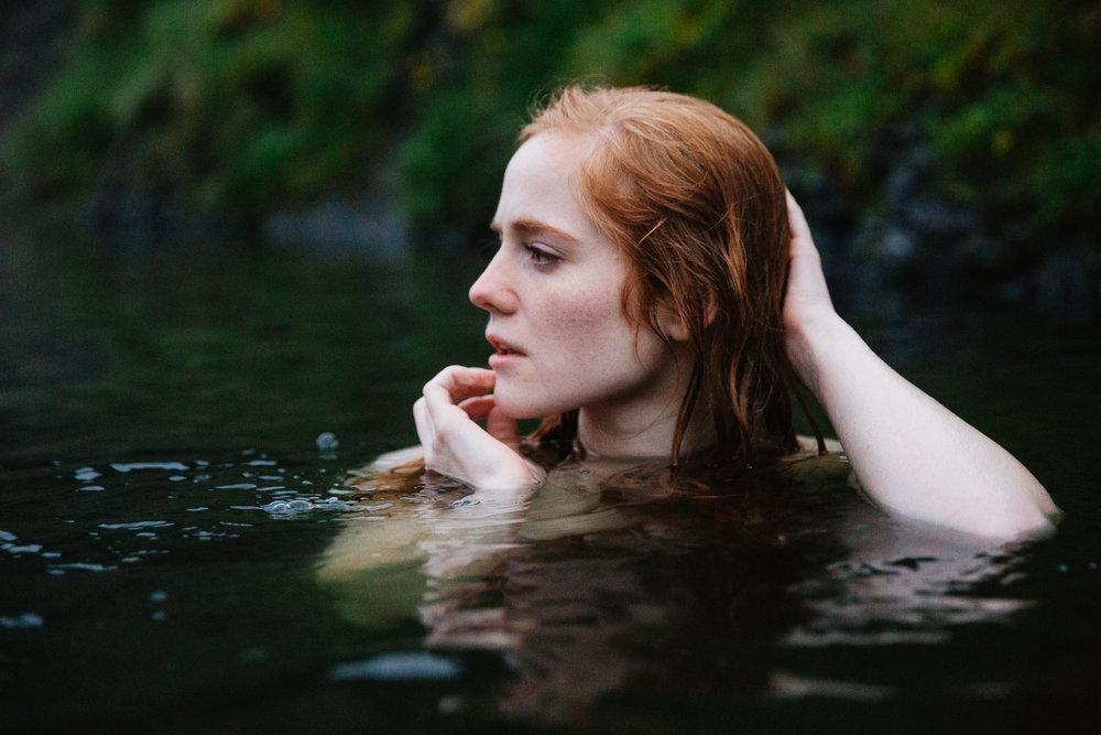 Jen_Montgomery_Photography_IcelandSeaQueen-9.jpg