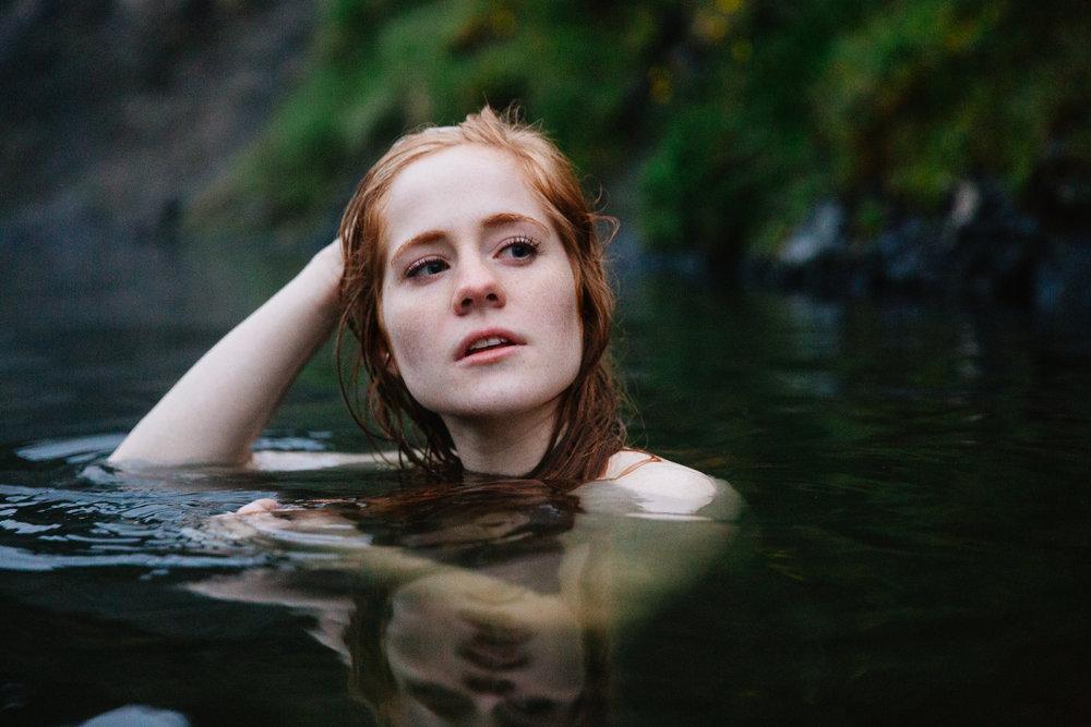 Jen_Montgomery_Photography_IcelandSeaQueen-10.jpg