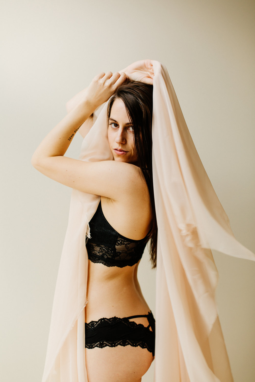 Jen_Montgomery_Photography_CarlyBoudoir-22.jpg