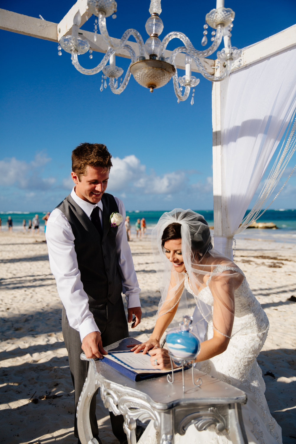 Jen_Montgomery_Photography_ZandraTyler_wedding_dominican_FB-77.jpg