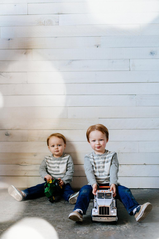 Jen_Montgomery_Photography_Family_Meyers_2year_FB-30.jpg