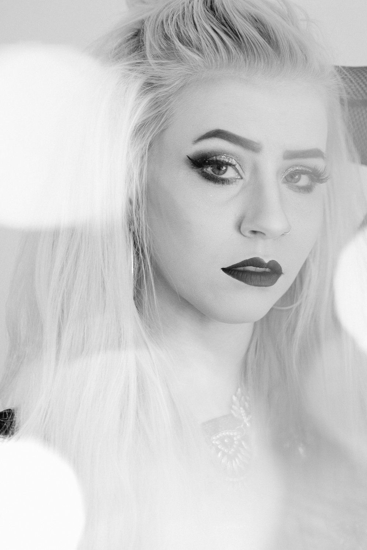 Jen_Montgomery_Photography_Kelsi_Portrait_Sparkler_fb-12BW.JPG