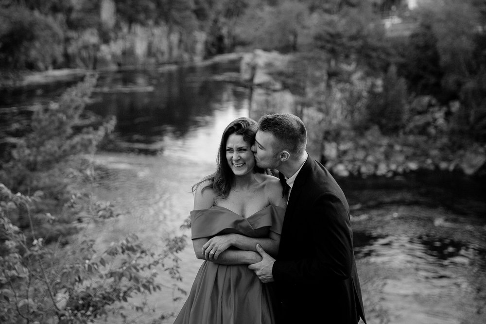 Jen_Montgomery_Photography_Allison&David_Couple_FB-80BW.JPG