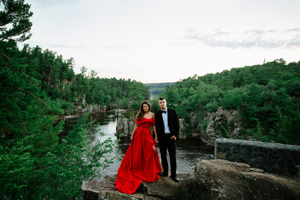 Jen_Montgomery_Photography_Allison&David_Couple_FB-85.jpg