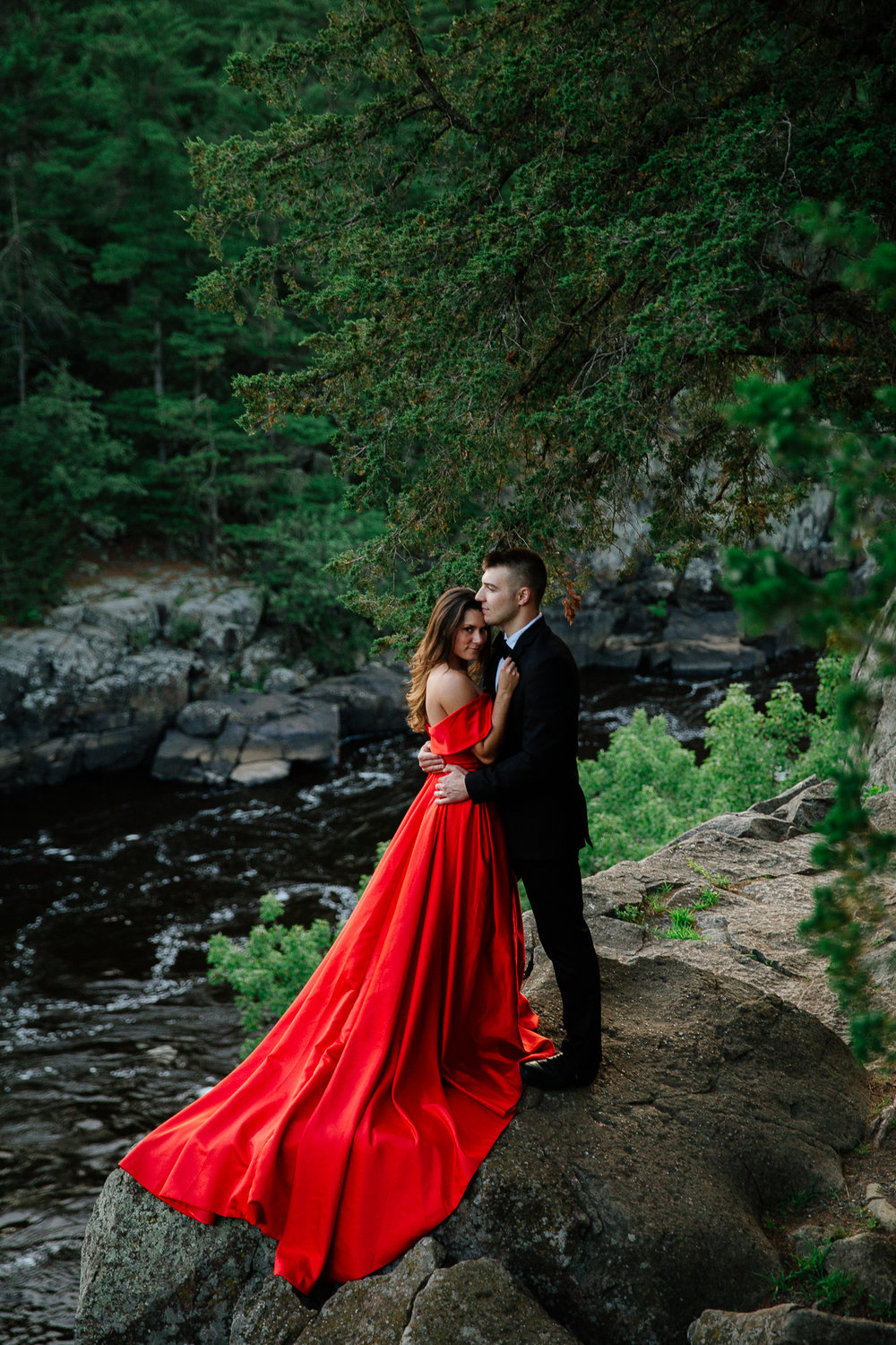Jen_Montgomery_Photography_Allison&David_Couple_FB-58.jpg