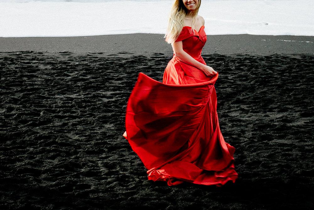 Jen_Montgomery_Photography_Iceland_JenAlex_Engagement_sm-24.jpg
