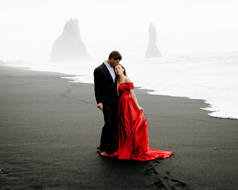 Jen_Montgomery_Photography_Iceland_JenAlex_Engagement_sm-30.jpg