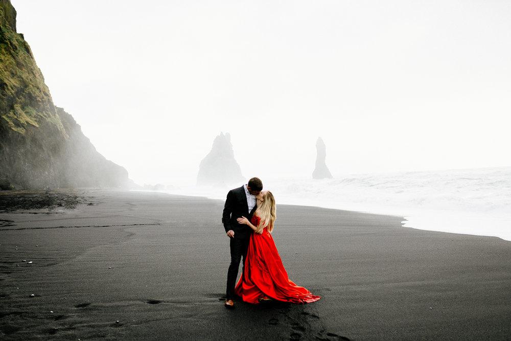 Jen_Montgomery_Photography_Iceland_JenAlex_Engagement_sm-32.jpg