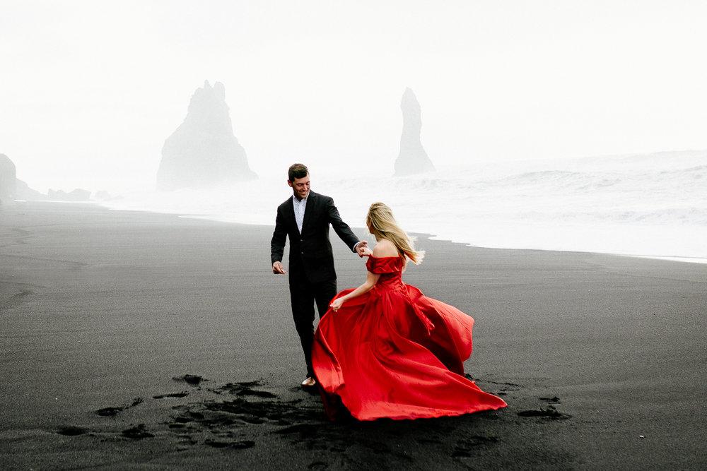 Jen_Montgomery_Photography_Iceland_JenAlex_Engagement_sm-35.jpg