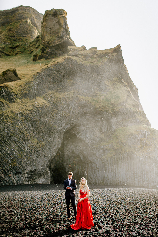 Jen_Montgomery_Photography_Iceland_JenAlex_Engagement_sm-2.jpg