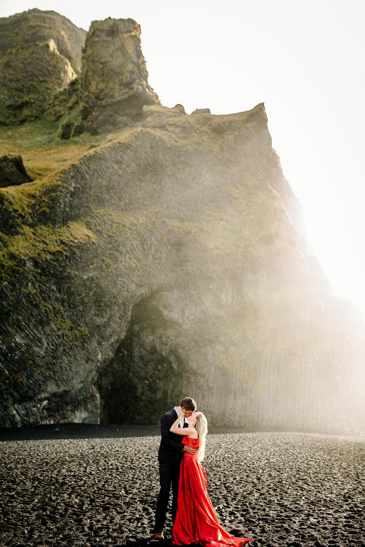 Jen_Montgomery_Photography_Iceland_JenAlex_Engagement_sm-5.jpg