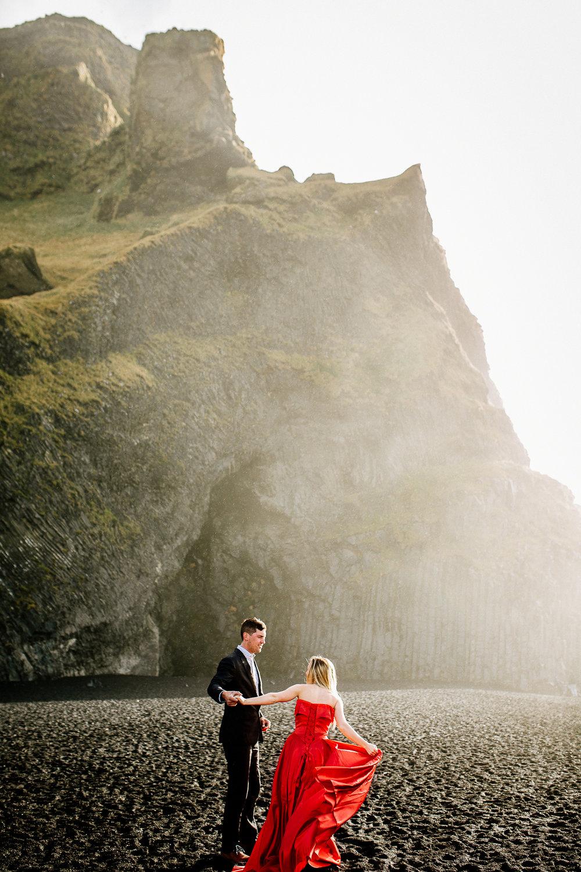 Jen_Montgomery_Photography_Iceland_JenAlex_Engagement_sm-7.jpg