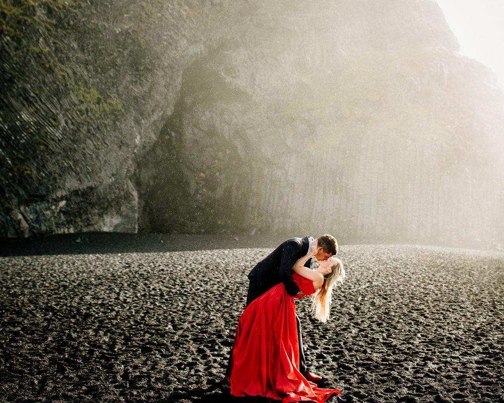 Jen_Montgomery_Photography_Iceland_JenAlex_Engagement_sm-6.jpg