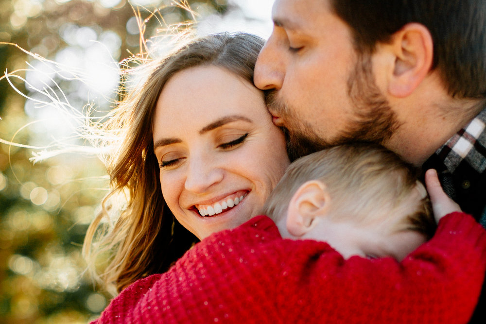 Jen_Montgomery_Photography_Arens_Holiday_Family_FB-17.jpg