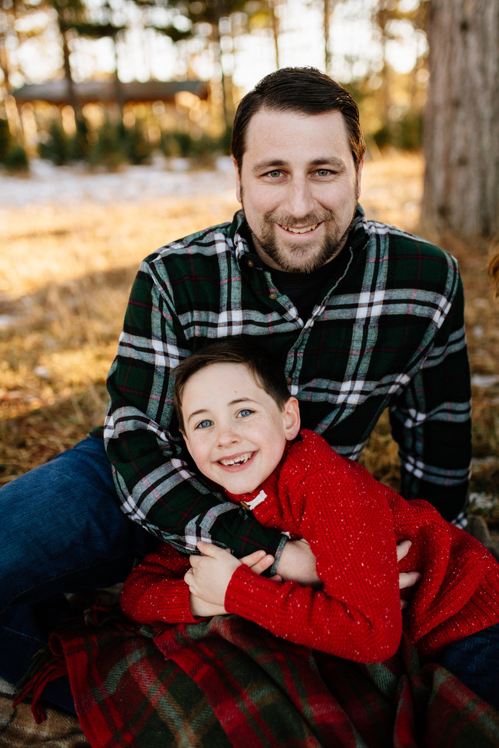 Jen_Montgomery_Photography_Arens_Holiday_Family_FB-19.jpg