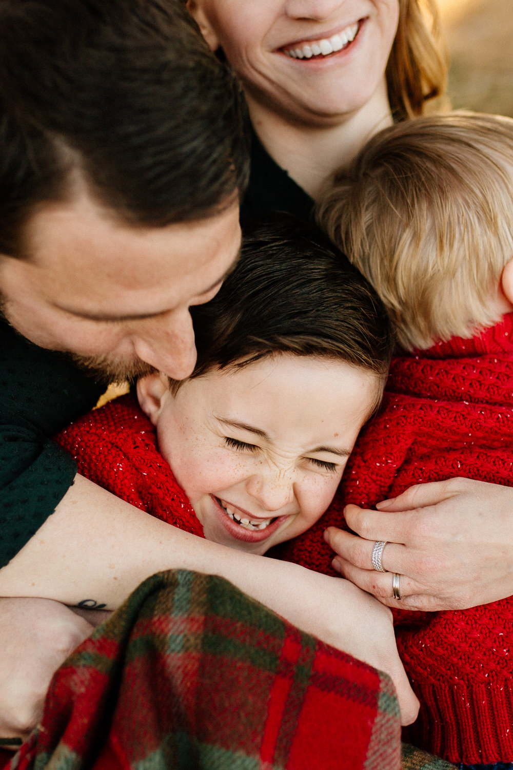 Jen_Montgomery_Photography_Arens_Holiday_Family_FB-36.jpg