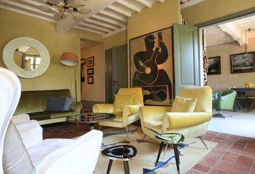 A Charming Art Filled Guesthouse In Versilia The Art Of Living