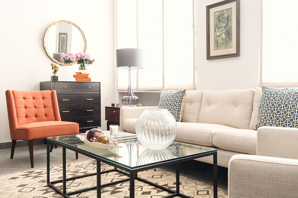 Hermes Orange, Midcentury Modern living room
